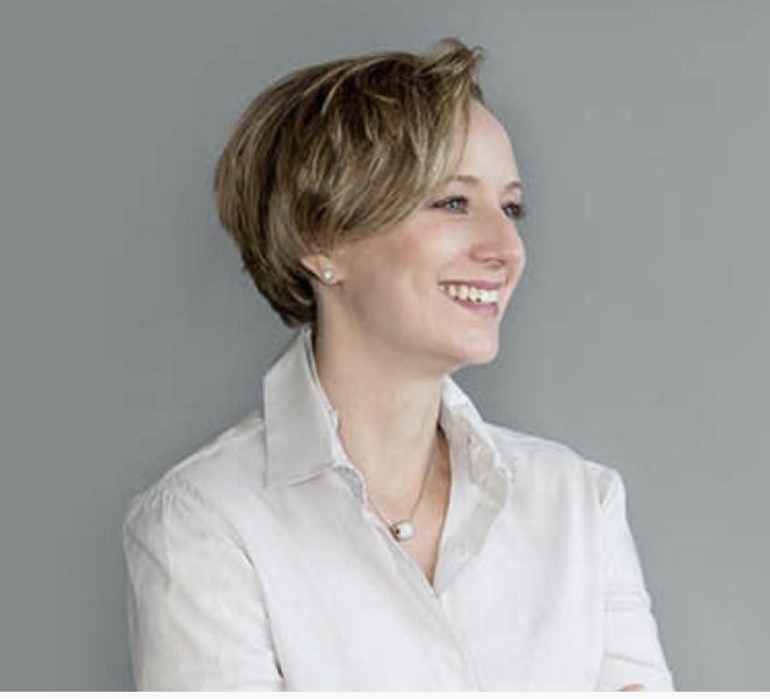 Dr. Lisa Damour